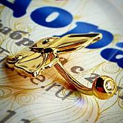 Серьги и пирсинг из золота, платины и серебра на заказ Москва