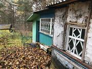 Продаётся участок 20 соток п. Колосово с небольшим домом Алексин
