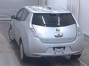 Электромобиль хэтчбек Nissan Leaf кузов AZE0 модификация S гв 2014 Москва