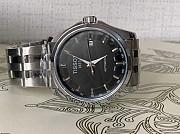 Часы мужские и женские различных фирм Москва