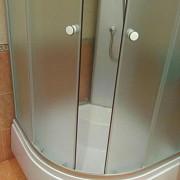 Стеклянные двери для душевых кабин доставка из г.Москва