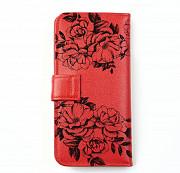 Клатч на кнопке мини с обработанными краями Узор из черных роз , красный Глазов