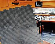 Напольное покрытие из резиновых модулей Double rubber для гаража или мастерской Москва