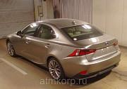 Автомобиль седан гибрид LEXUS  IS300h Москва