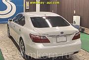 Автомобиль седан гибрид LEXUS LS600h Москва
