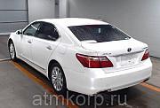 Седан гибрид LEXUS LS600HL Москва