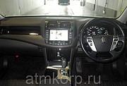 Автомобиль седан TOYOTA CROWN Москва