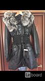 Пуховик куртка новая fashion furs италия 44 46 s m кожа черный мех чернобурка капюшон женский плащ п Москва