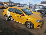 Водитель такси, аренда брендированного автомобиля Москва