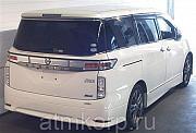 Минивэн NISSAN ELGRAND премиум класса люкс  полный привод 4 wd 7 мест Москва