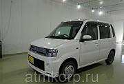 Хэтчбек малолитражный MITSUBISHI TOPPO кузов H82A гв 2012 пробег 86 тыс км цвет белый жемчуг Москва
