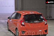 Хэтчбек HONDA FIT кузов GK5 модификация RS год выпуска 2015 пробег 41 тыс км цвет оранжевый Москва